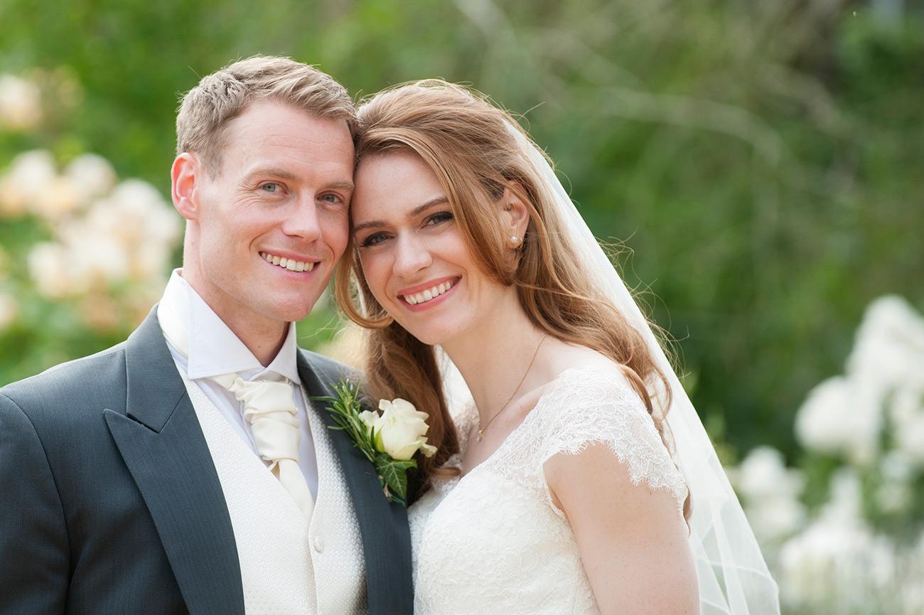 Wadenhoe-House-wedding-photographer---Anna-Rob---1002
