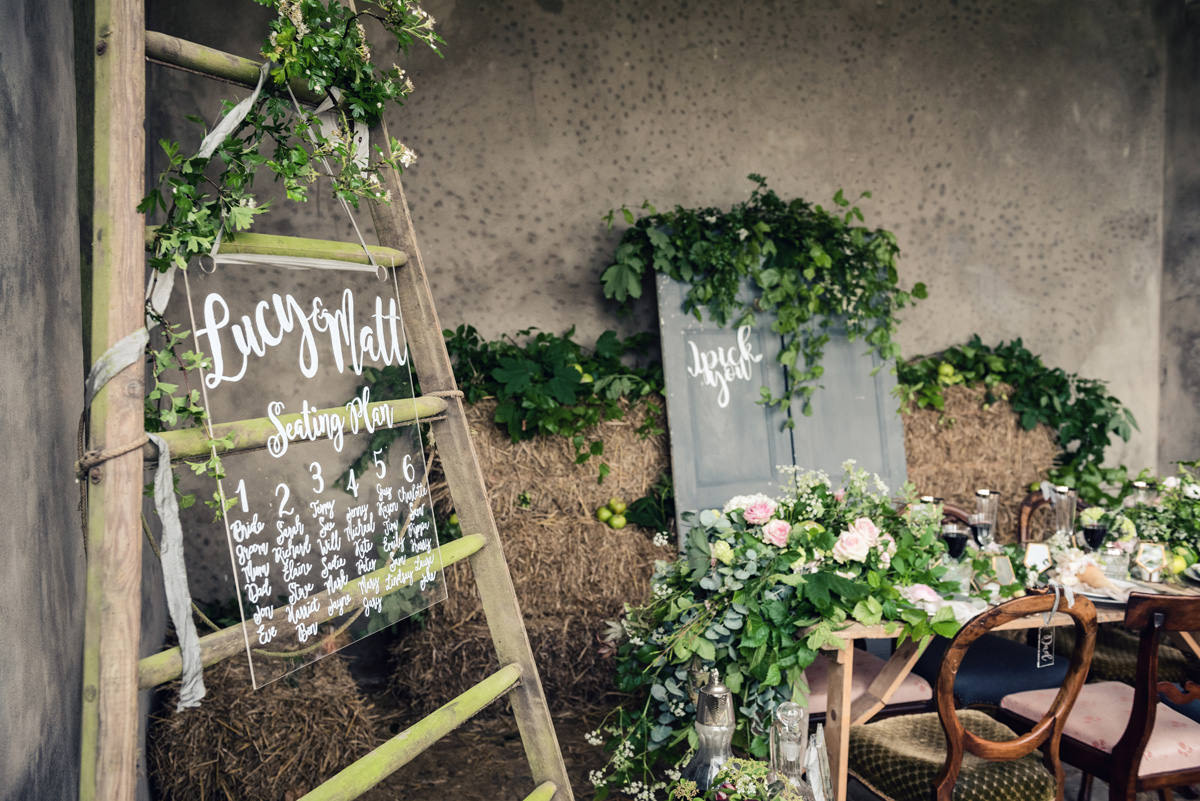 A rustic wedding themed editorial photo shoot at Norwood Park in Nottingham (32)