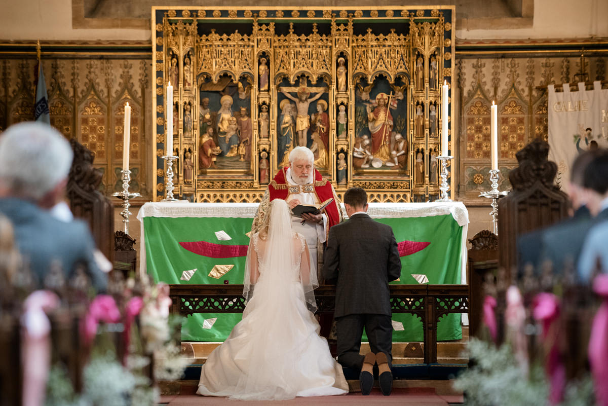Joe & Isabella's wedding photos at Calne Church (17)