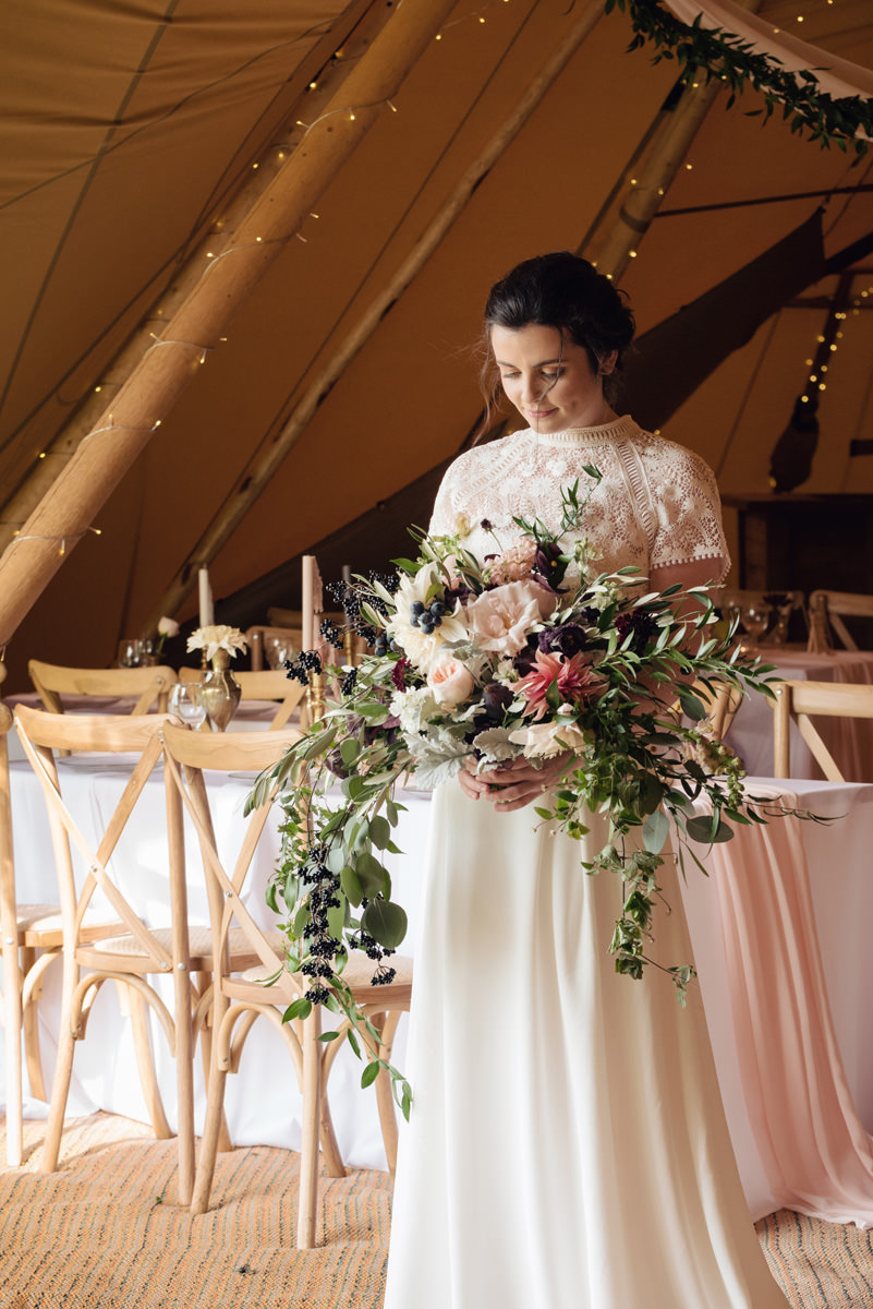 A Tuscany themed outdoor tipi wedding at Cattows Farm in Leicestershire (21)
