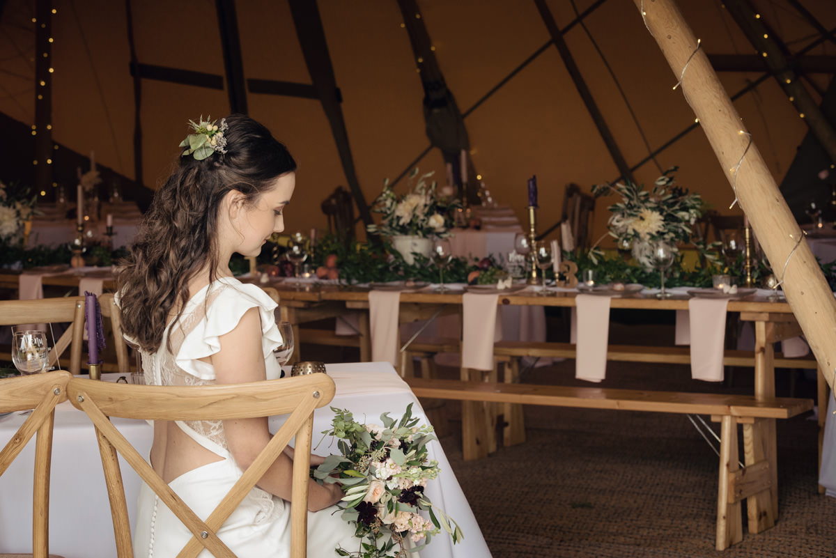 A Tuscany themed outdoor tipi wedding at Cattows Farm in Leicestershire (12)