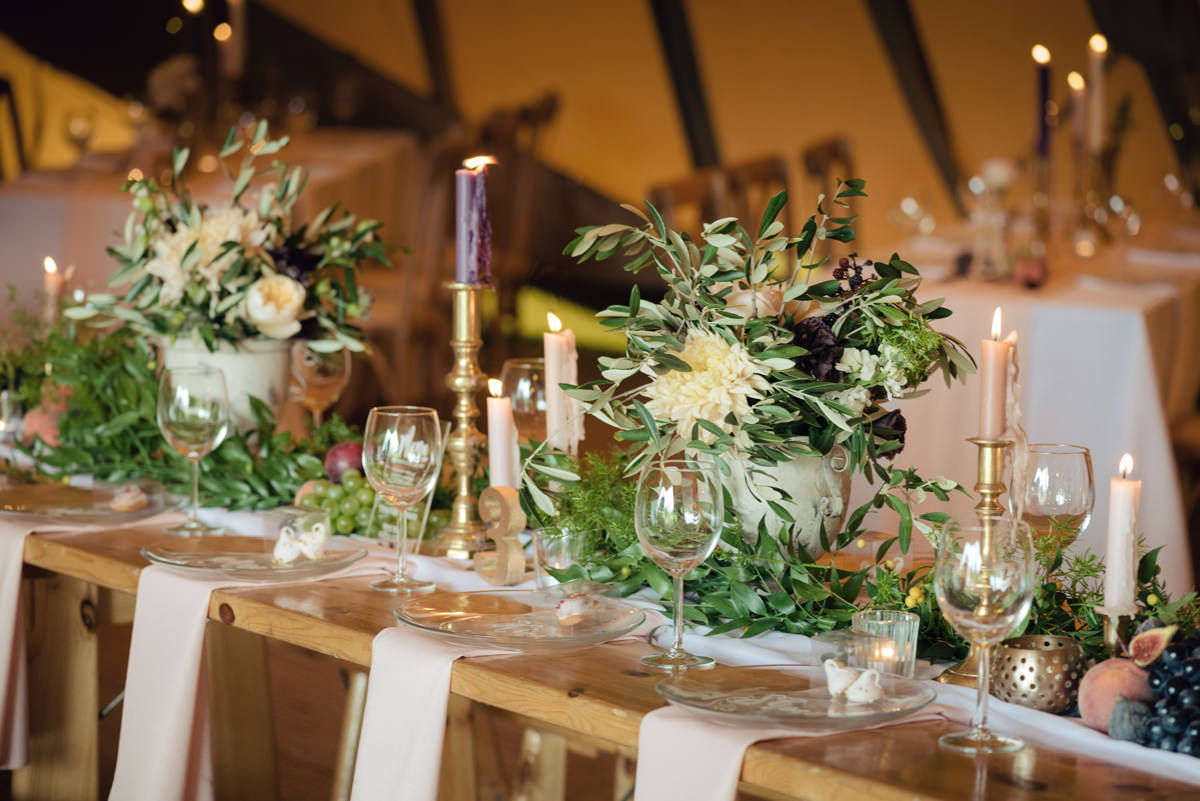 A Tuscany themed outdoor tipi wedding at Cattows Farm in Leicestershire (11)