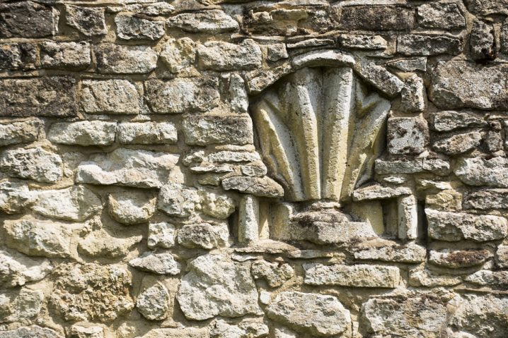 Old wall detail at Notley Abbey