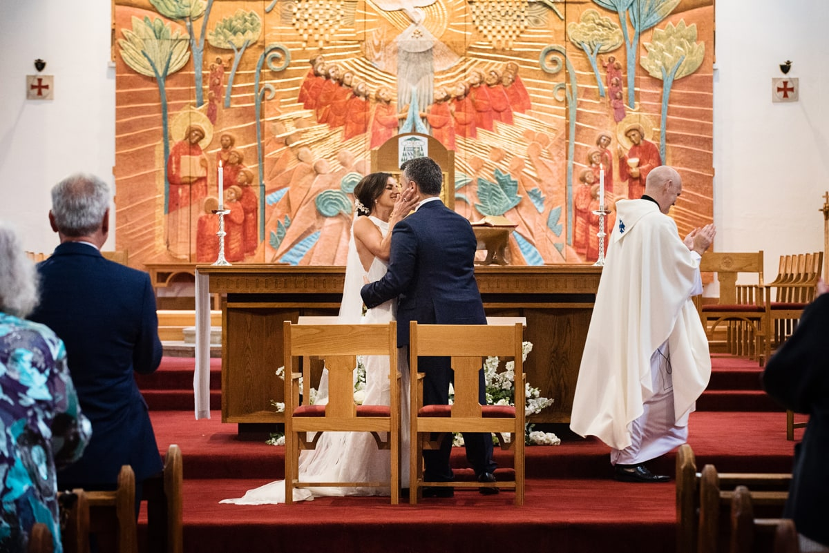 Couple's first kiss at Northampton Cathedral