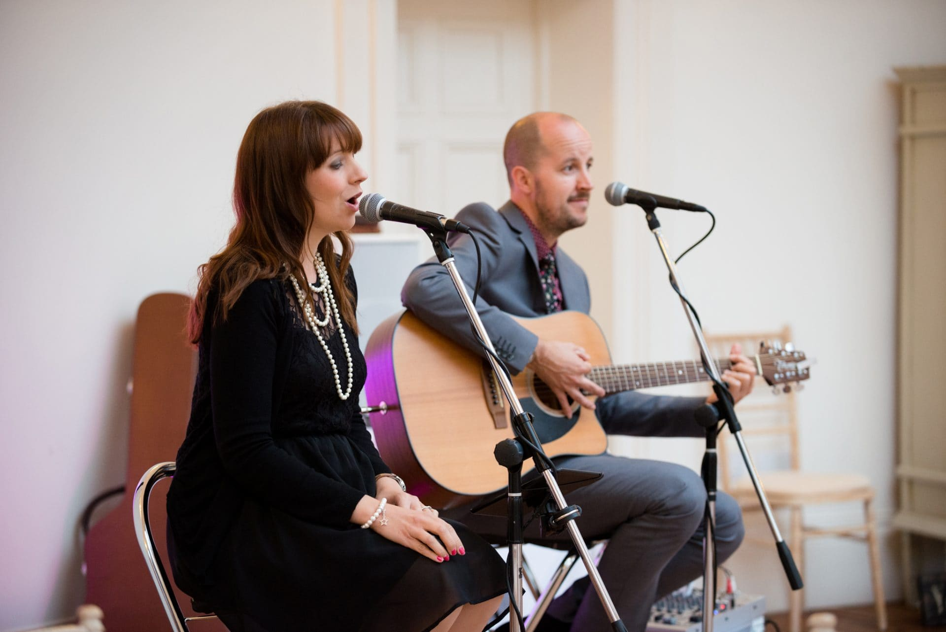 Acoustic duo at a wedding
